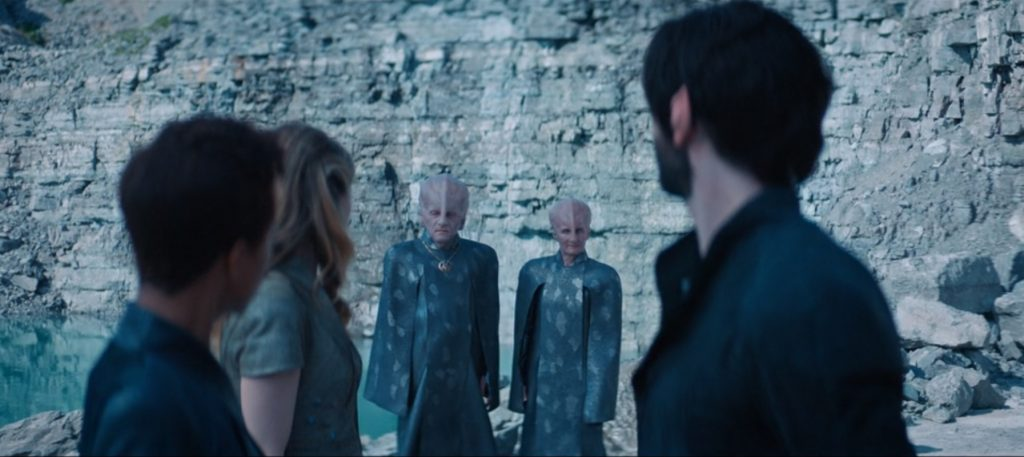 """Spock, Burnham and Vina look backwards to the two Talosians watching them in """"If Memory Serves"""""""